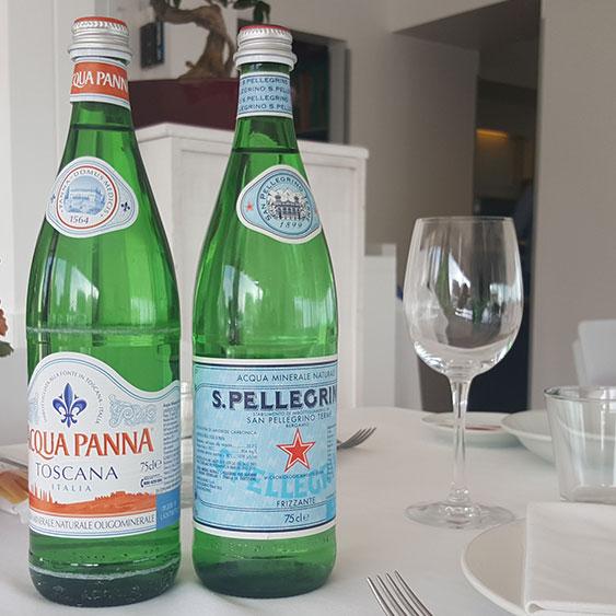 Acqua Minerale in Bottiglia