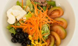 seasonal chef's salad