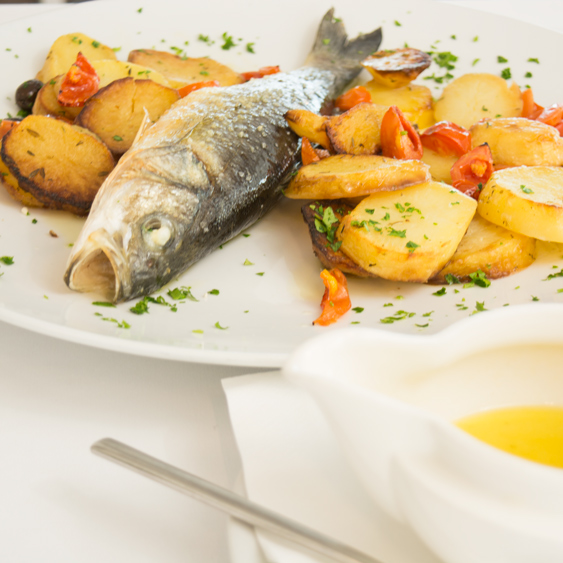 oven-roasted fish with vegetables